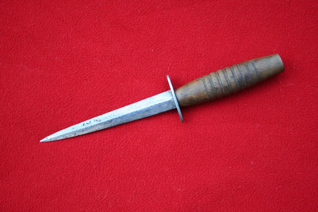 dague r/s manche bois de la R.A.F Img_9637