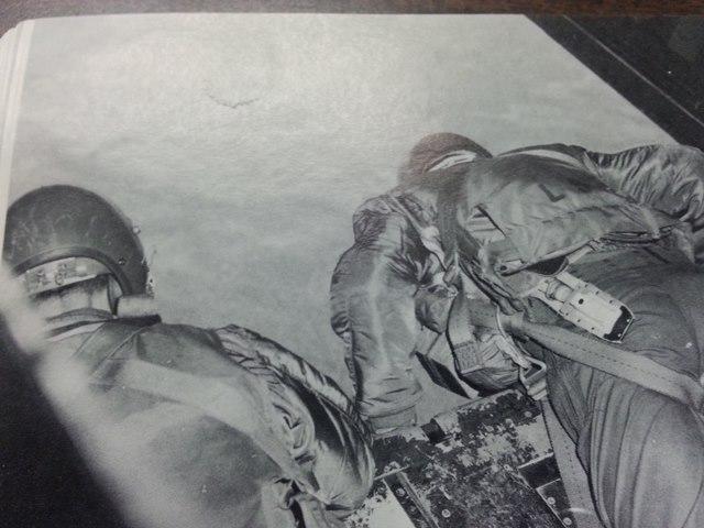 LES COUTEAUX DE SURVIE DES PILOTES DE L'USAAF. - Page 2 Post-117