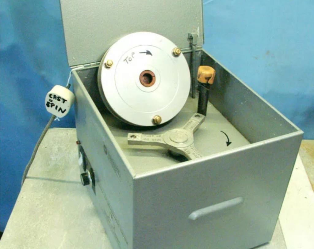 "C200 centricast machine,melting pot,7"" plate £825 Screen24"
