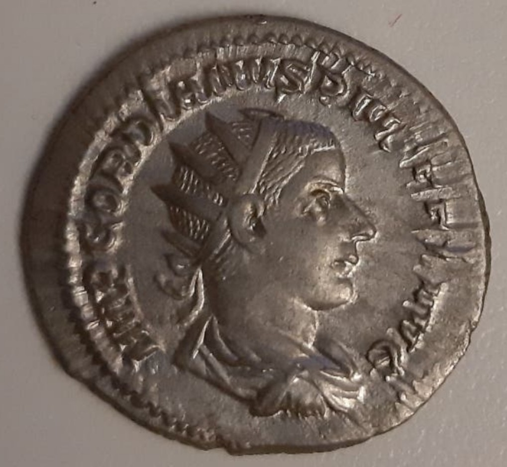 Antoniniano de Gordiano III. LAETITIA AVG N. Roma Screen10