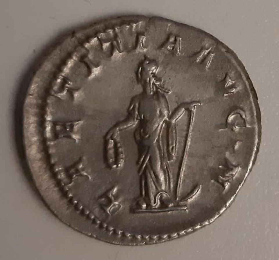 Antoniniano de Gordiano III. LAETITIA AVG N. Roma Screen11