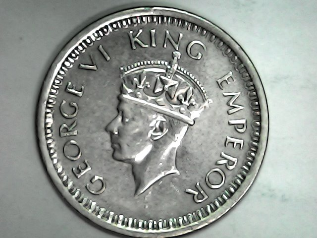 Una preciosa rupia india de 1944 Tue_ja15