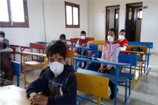 مرة أخرى - الصحة تطالب بتخفيض أيام الدراسة لكل صف.. وتقليل الكثافات الطلابية 20210917