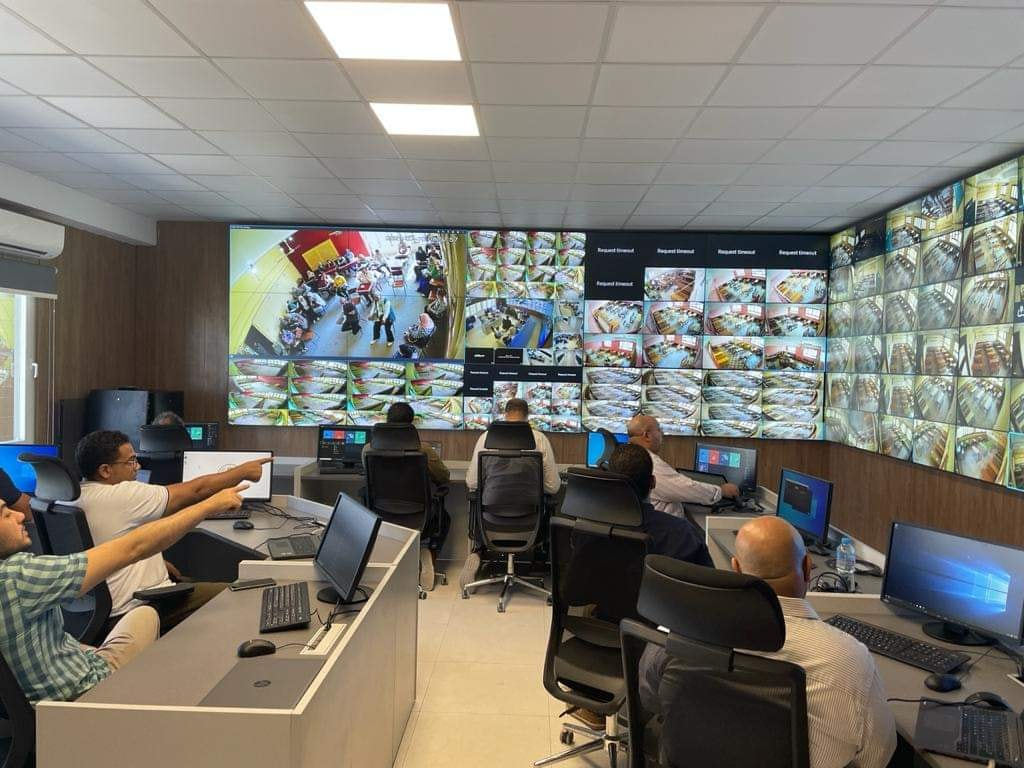 أول صور لغرفة المراقبة بعد تشغيل كاميرات مراقبة لجان الثانوية العامة 21536010