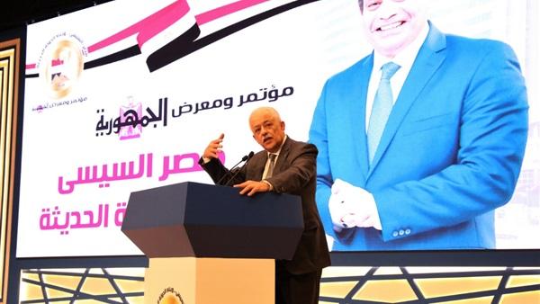 وزير التعليم:  700 ألف تابلت لدفعة أولي ثانوي الجديدة 22310