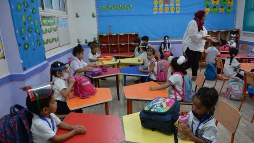 عاجل من التعليم بشأن تأجيل الدراسة في مصر 49401410