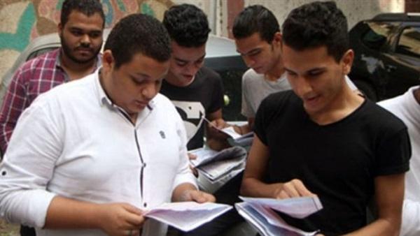 الإنتهاء من تصحيح كل مواد الثانوية العامة الذى تم بمعدل 80 ألف ورقة فى الساعةو بداية رصد الدرجات فى الكنترولات  83310