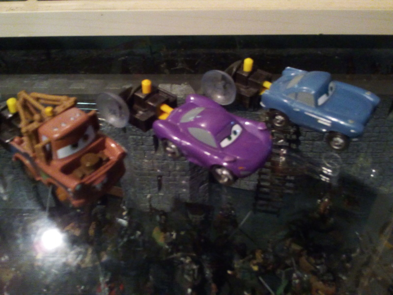 mes autres Cars 1 , 2 , 3 et Planes !!! toutes marques et matieres - Page 18 Img_2045