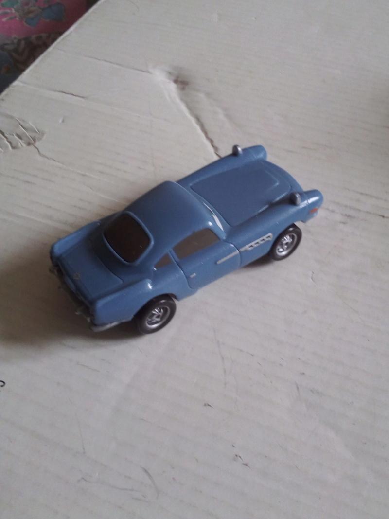 mes autres Cars 1 , 2 , 3 et Planes !!! toutes marques et matieres - Page 19 Img_2113