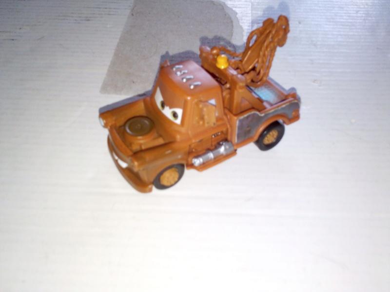mes autres Cars 1 , 2 , 3 et Planes !!! toutes marques et matieres - Page 19 Img_2136