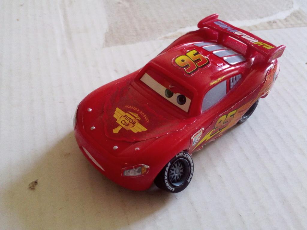 mes autres Cars 1 , 2 , 3 et Planes !!! toutes marques et matieres - Page 19 Img_2158