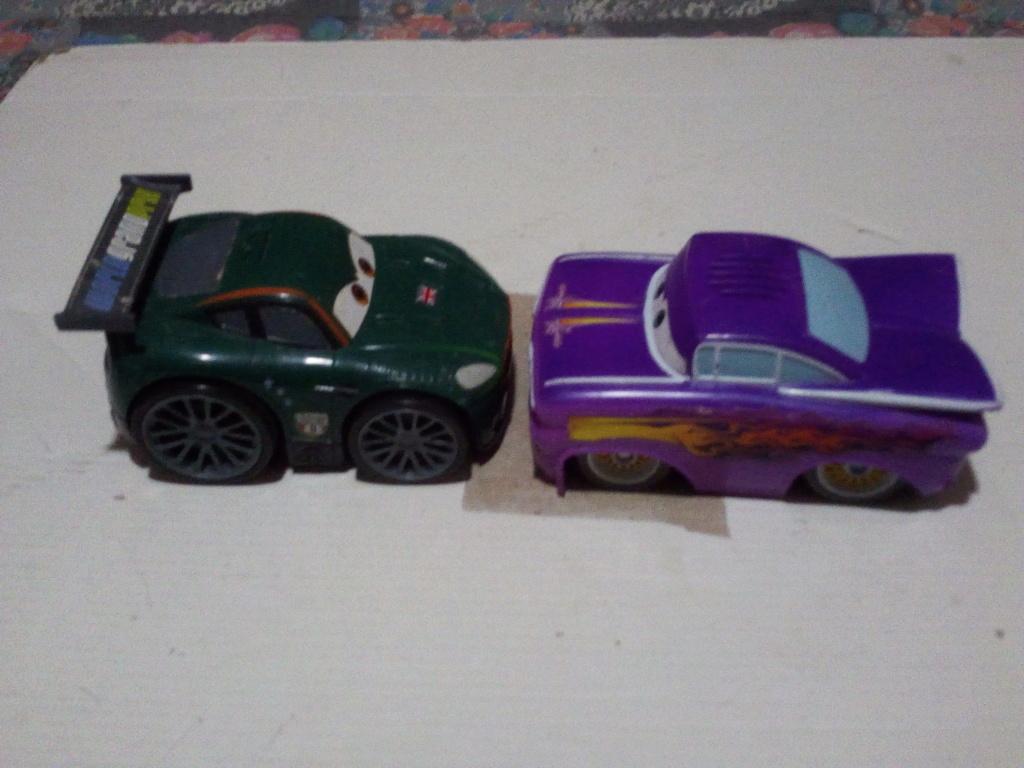mes autres Cars 1 , 2 , 3 et Planes !!! toutes marques et matieres - Page 20 Img_2230