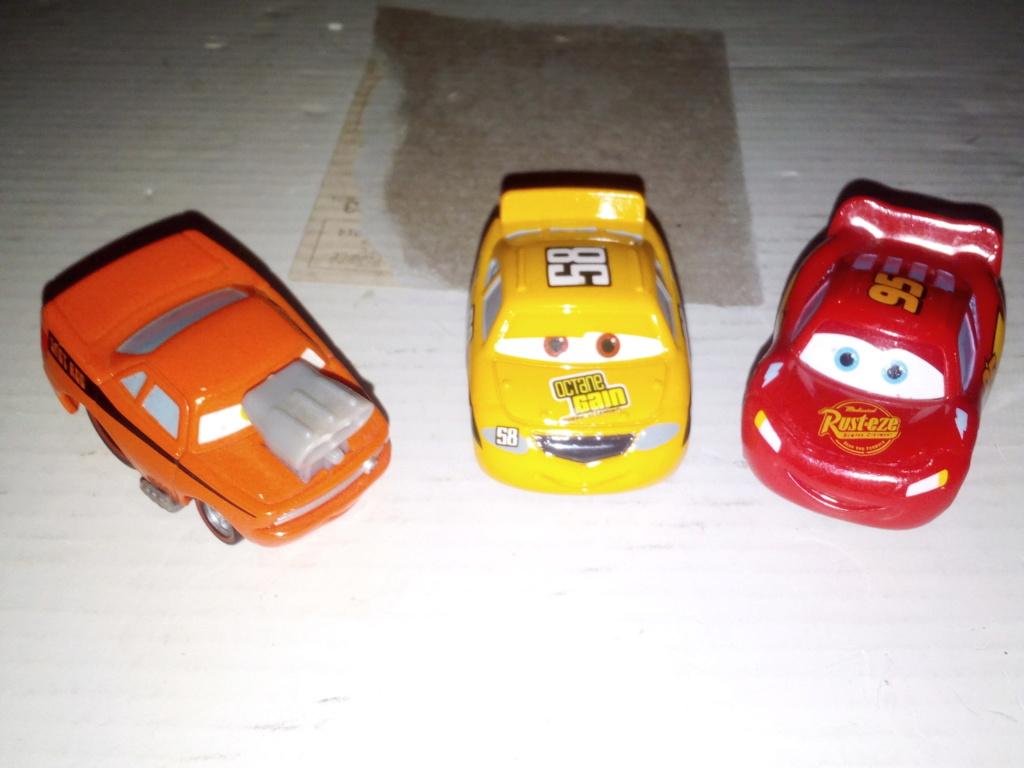 mes autres Cars 1 , 2 , 3 et Planes !!! toutes marques et matieres - Page 20 Img_2243