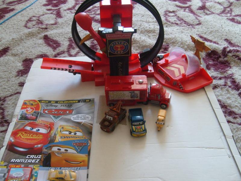 mes autres Cars 1 , 2 , 3 et Planes !!! toutes marques et matieres - Page 18 S7300112