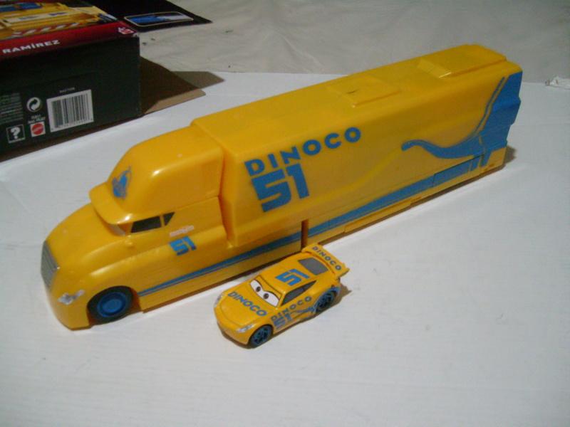 mes autres Cars 1 , 2 , 3 et Planes !!! toutes marques et matieres - Page 18 S7300313