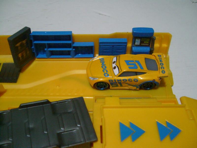 mes autres Cars 1 , 2 , 3 et Planes !!! toutes marques et matieres - Page 18 S7300318