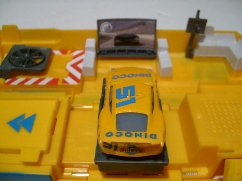 mes autres Cars 1 , 2 , 3 et Planes !!! toutes marques et matieres - Page 18 S7300321