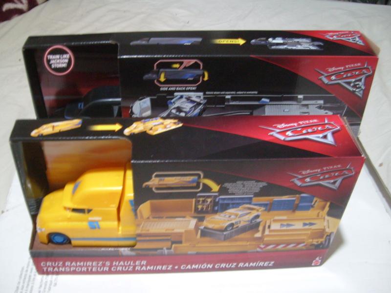 mes autres Cars 1 , 2 , 3 et Planes !!! toutes marques et matieres - Page 18 S7300322