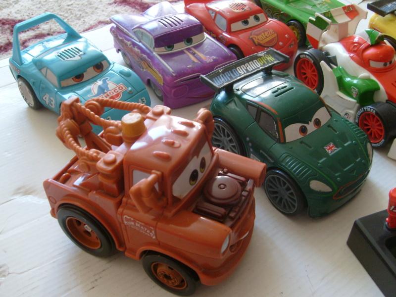mes autres Cars 1 , 2 , 3 et Planes !!! toutes marques et matieres - Page 18 S7300388