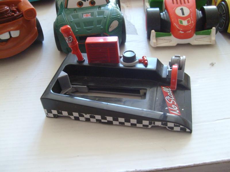 mes autres Cars 1 , 2 , 3 et Planes !!! toutes marques et matieres - Page 18 S7300389