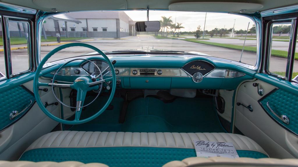 [AMT] Chevrolet Nomad 1/25 1955-c13