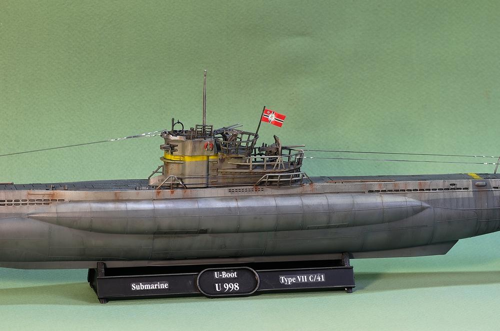 [ Revell ] U-Boot Kiel 1943 1/144 Imgp1112