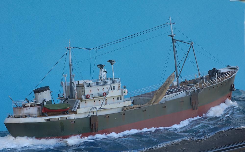 Dio : Chalutier morutier 1950 en mer [Heller 1/200°] de G Chapuis Imgp1315
