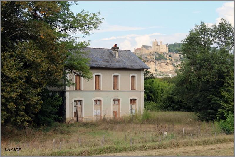 Quizz double: château du XIIIe, gare du XIXe. Double10