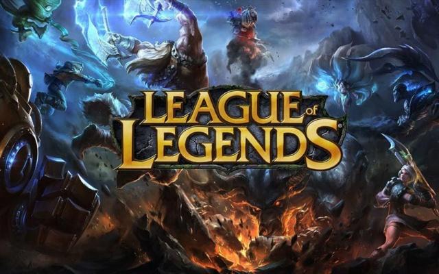 Être vieux et jouer avec des jeunes sur des jeux en ligne.  League18