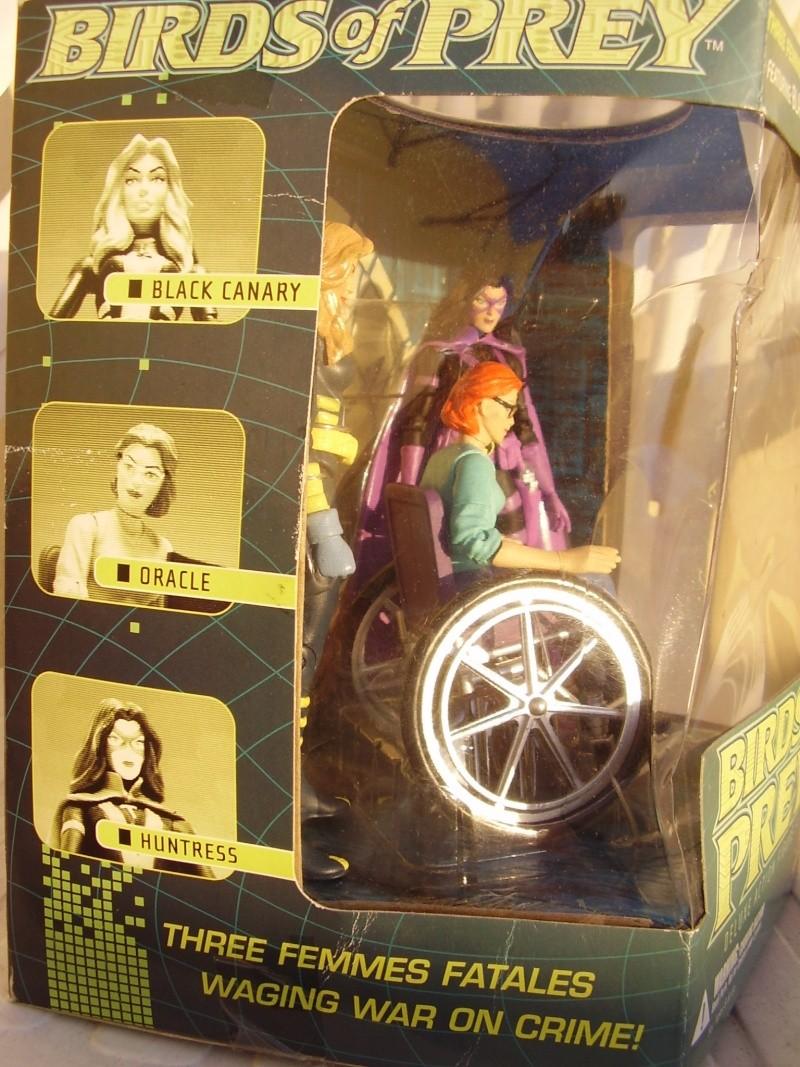 Les produits DC très recherchés par les collectionneurs : statues , bustes , figurines ... Birdso11