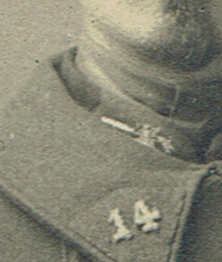 Photo 14-18 identification corps d'armé  Insign10