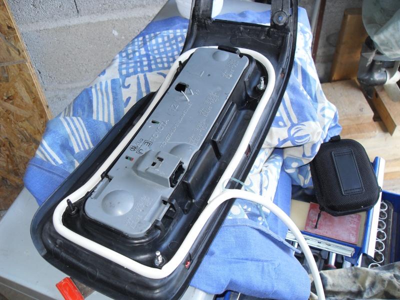 Tutorial pour les joints de feux arrières Sdc11812