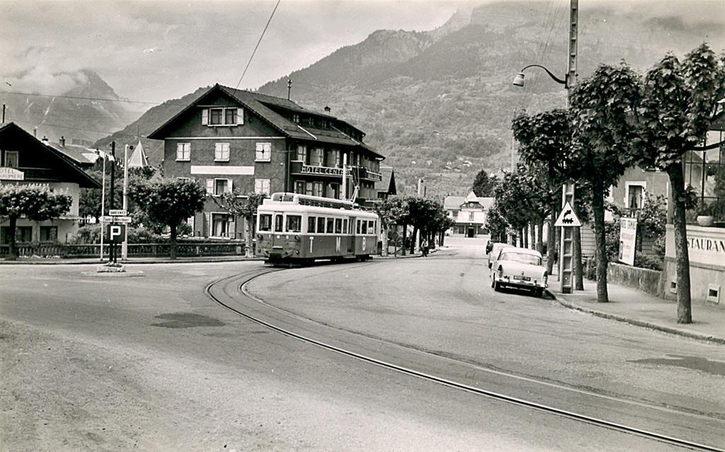 Le Tramway du Mont-Blanc : à l'assaut de la haute montagne 13672410