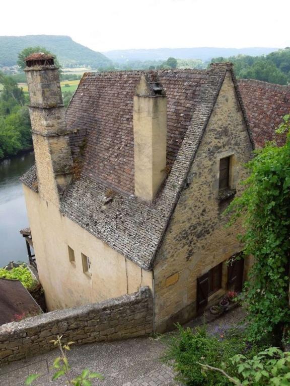 Les Plus Beaux Villages de France - Page 2 3_dscn10