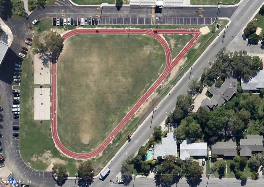 Stades d'athlétisme hors du commun Alamo_10