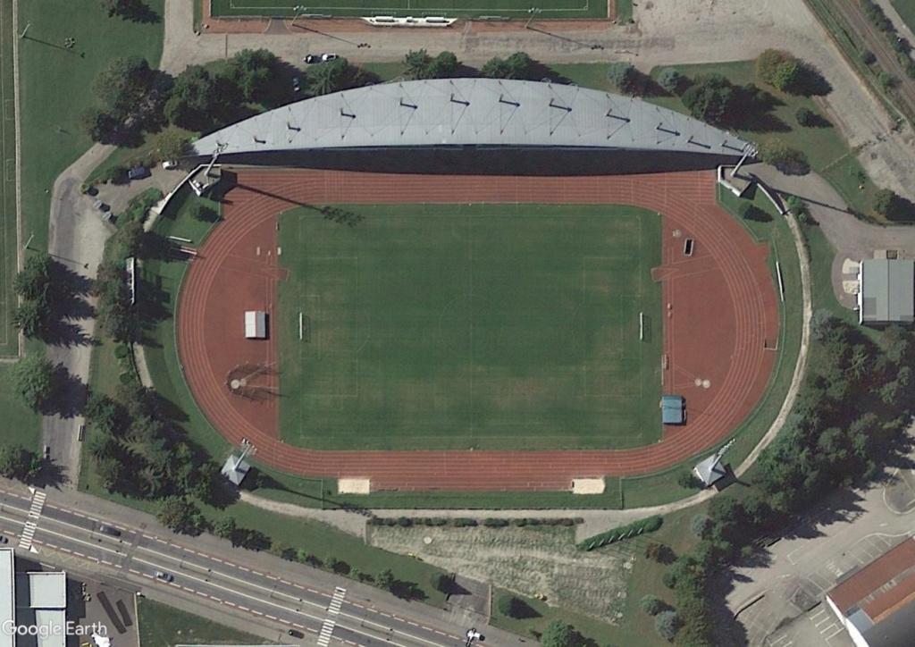 Stades d'athlétisme hors du commun Albzo_10