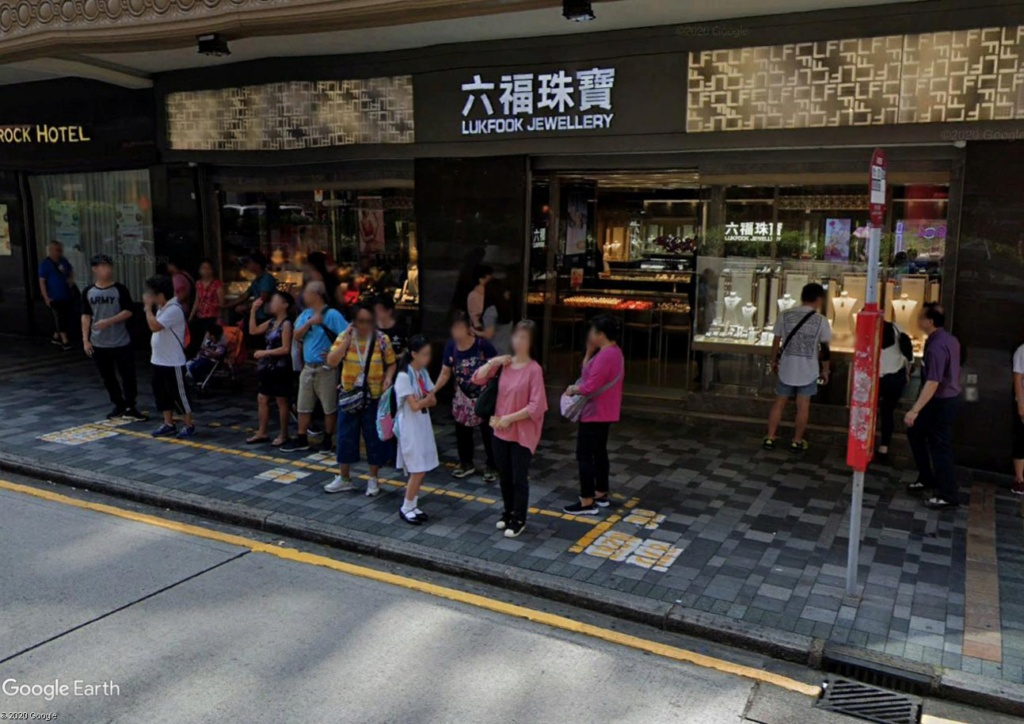 """Hong Kong à l'heure de la """"normalisation"""" : un voyage en images - Page 3 Arrzot12"""