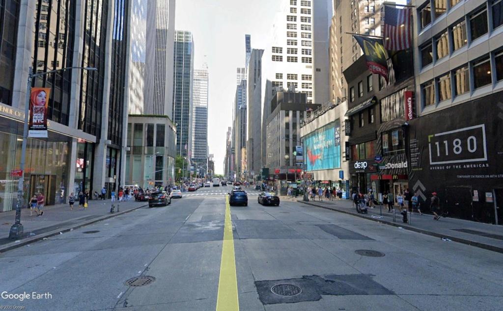 New York : il se passe quelque chose sur la sixième avenue Ba_010