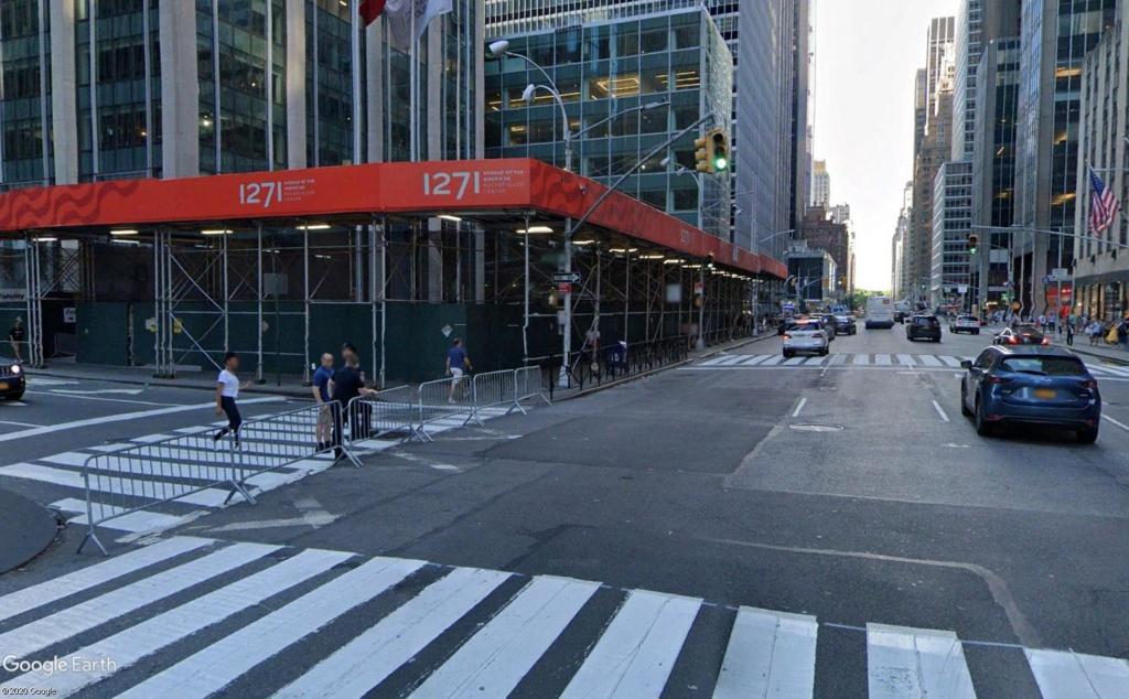 New York : il se passe quelque chose sur la sixième avenue Ba_210
