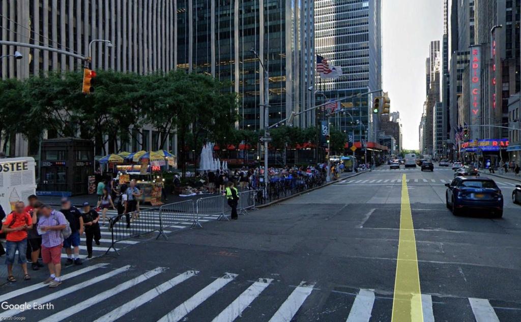 New York : il se passe quelque chose sur la sixième avenue Ba_410