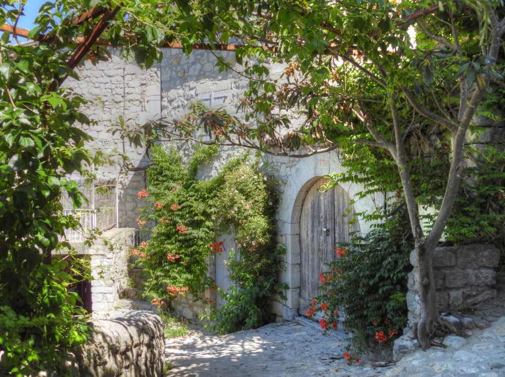 Les Plus Beaux Villages de France - Page 2 Balazu19