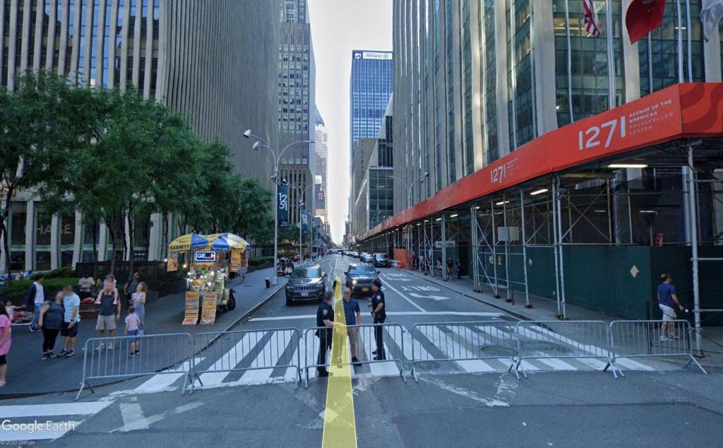 New York : il se passe quelque chose sur la sixième avenue Barr210
