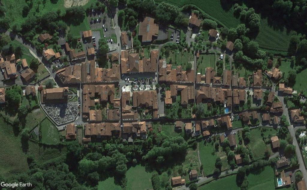 Les Plus Beaux Villages de France - Page 3 Bastid18