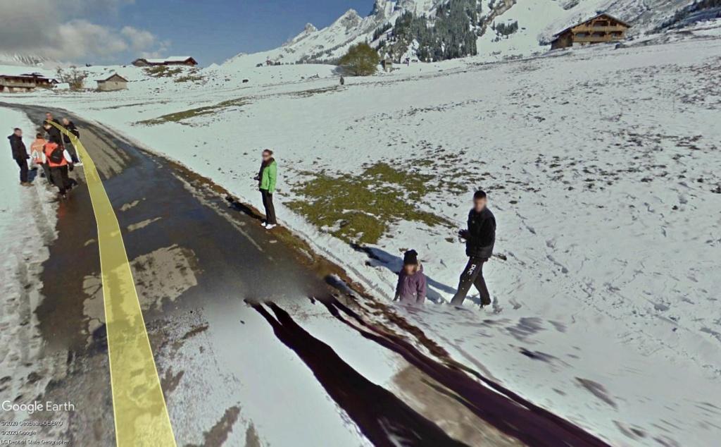 STREET VIEW : un coucou à la Google car  - Page 53 Bou210
