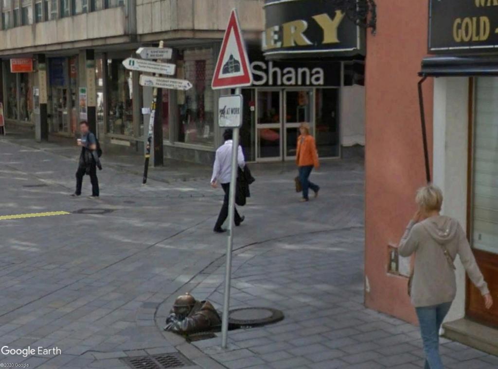 STREET VIEW : les panneaux routiers - Page 5 Bratis12