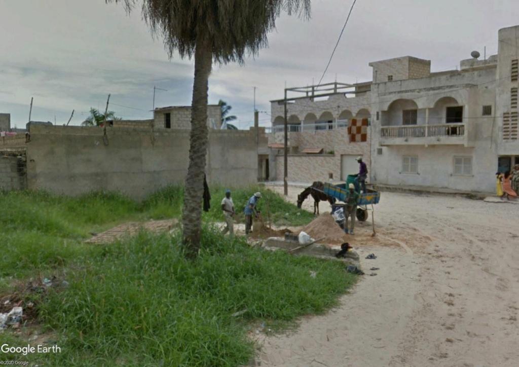 Fabrique artisanale de briques à Dakar Briqau10