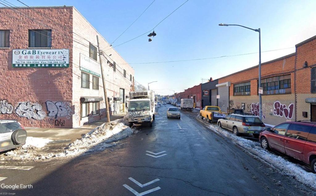STREET VIEW : 2 sens de circulation = 2 saisons différentes vues de la Google Car ! [A la chasse !] - Page 5 Broo311