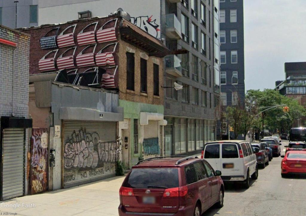 Le drapeau américain... en portières de voiture Brookl10