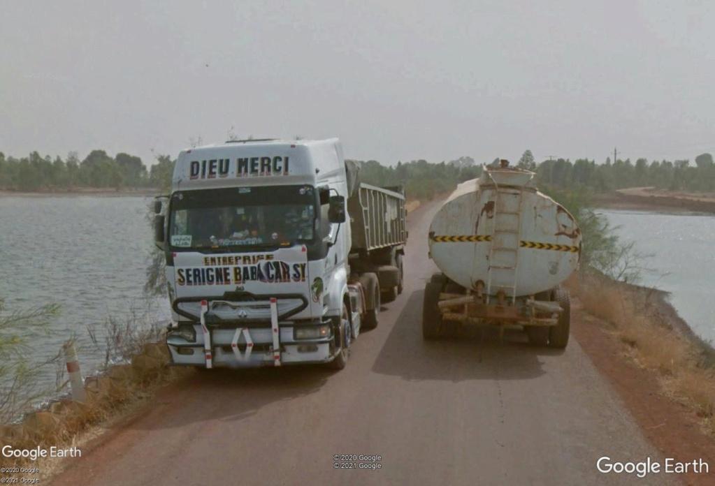 STREET VIEW : cars rapides et transports en commun du Sénégal Camion13