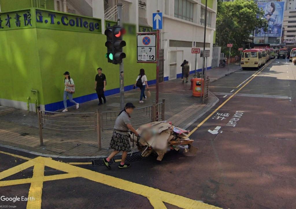 """Hong Kong à l'heure de la """"normalisation"""" : un voyage en images - Page 5 Carton10"""